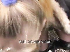 Немецкая молодая проститутка чеканит любительский минет от первого лица