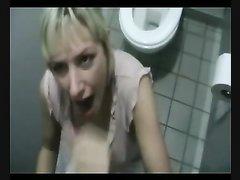 Немецкая блондинка сделав любительский минет трахнулась в анал от первого лица