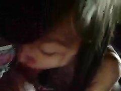 Молодая азиатка сделав любительский минет трахается в киску от первого лица