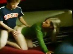 Молодой секс в студенческой общаге