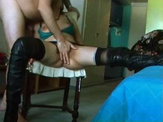 Трахнуть жену в анал на стуле