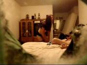 Любительский секс на скрытую камеру в спальне