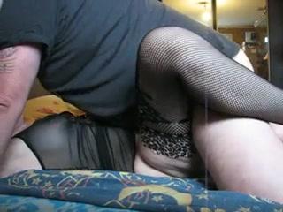 Выебал зрелую в классической позе, страдающие дамы без секса