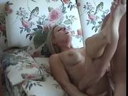 Зрелая женщина обожающая домашний секс