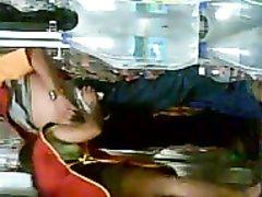Скрытая камера на складе в Малайзии