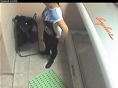 Девушка в солярии, скрытая камера