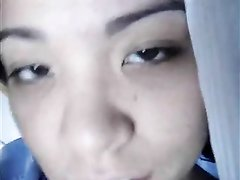Молодые азиатские лесбиянки возбудились от любительской мастурбации
