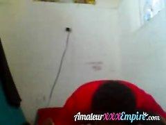 Рыжая зрелая женщина перед домашней скрытой камерой изменила супругу с негром