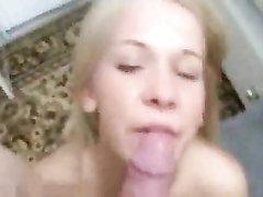 Домашний анальный секс с удачным окончанием на лицо молодой блондинки