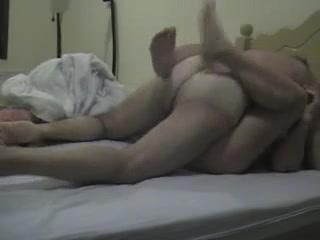 Порно трахается верхом зрелая