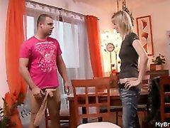 Парень дрочит член и возбудившись трахает молодую блондинку в наклоне