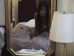 Нежная азиатка с большими сиськами от первого лица сделала любительский минет