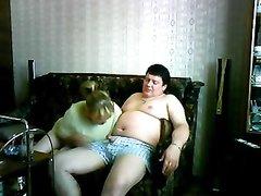 Скрытая камера снимает домашний секса с загорелой зрелой проституткой