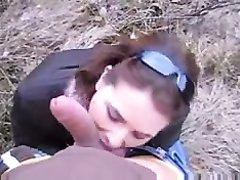 Молодая немка на природе от первого лица сосёт член любовника для окончания на лицо
