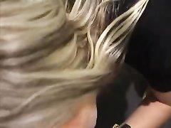 Любительский минет и проникновением с окончанием на лицо молодой блондинки
