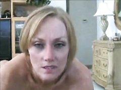 Любовник трахнул бритую киску и кончил на лицо зрелой соблазнительницы