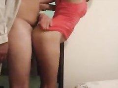 Минет и любительский анал с молодой латинской брюнеткой в гостиничном номере
