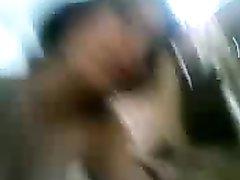 Зрелая брюнетка с большими сиськами трахается и делает минет любовнику