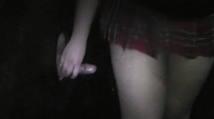 Любительский минет и окончание внутрь в киску татуированной блондинки