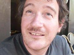 В отеле нежный любовник делает куни связанной зрелой брюнетке в чулках