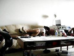 Зрелый негр перед скрытой камерой жёстко трахает татуированную азиатку