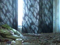 Утренний домашний анал со зрелой русской брюнеткой в постели