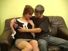 Куни с минетом и окончание на лицо зрелой русской домохозяйки