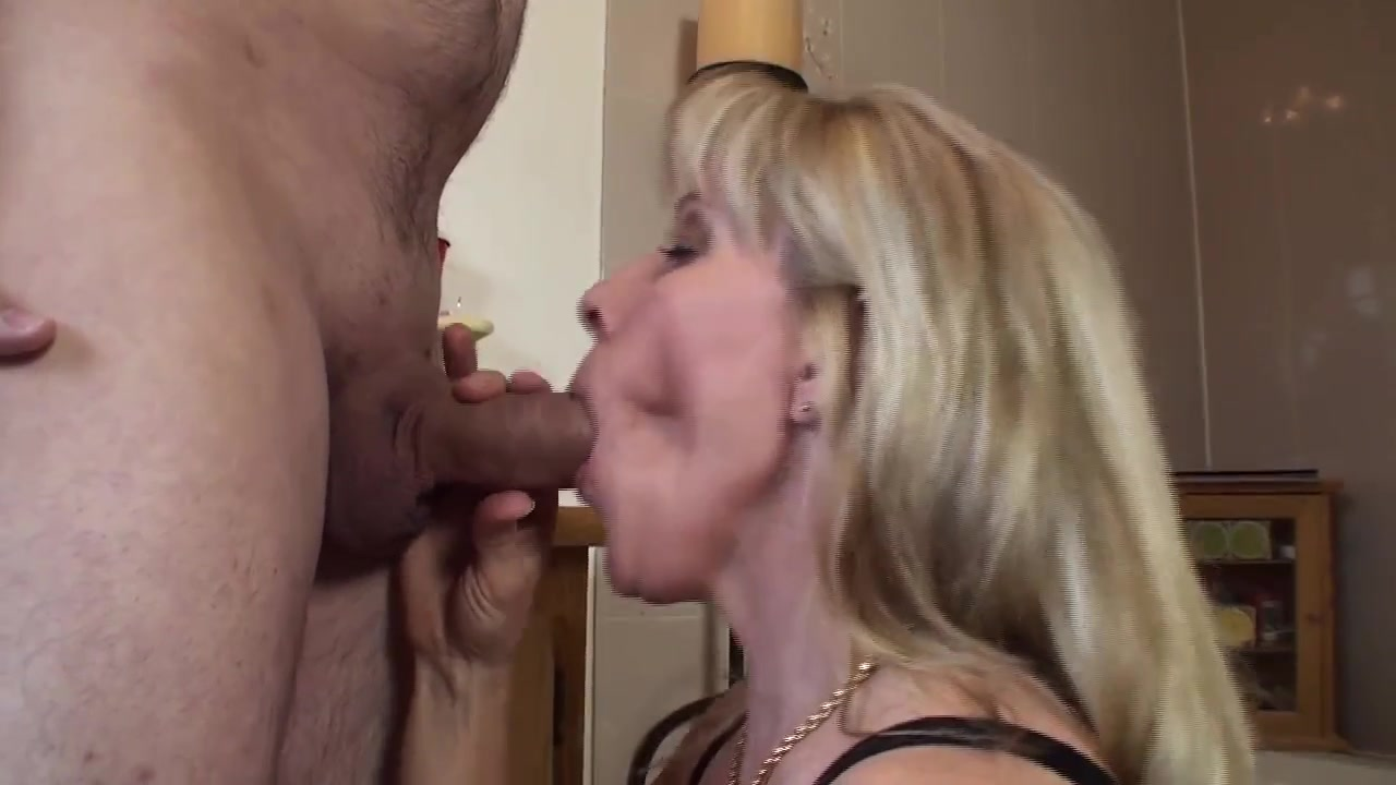 blondinka-konchaet-ot-mineta-ekzoticheskoe-porno-zrelih