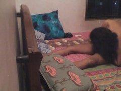Индийская красотка перед скрытой камерой трахается с любовником