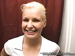 Минет с глубокой глоткой и домашний анал от первого лица со зрелой блондинкой