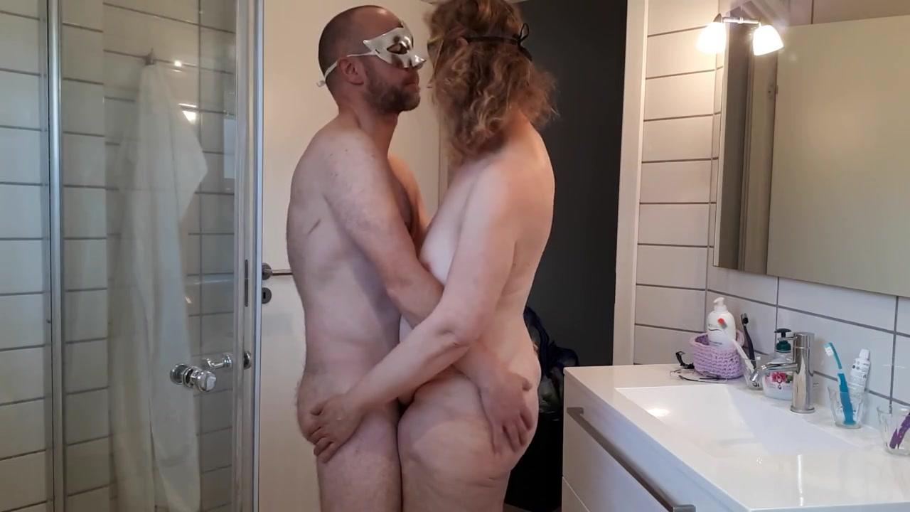 Секс внутри который снимает камера