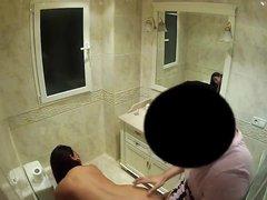 Грудастая зрелая брюнетка трахнулась с любовником перед скрытой камерой