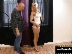 Любительский анал с окончанием внутрь молодой немецкой блондинки