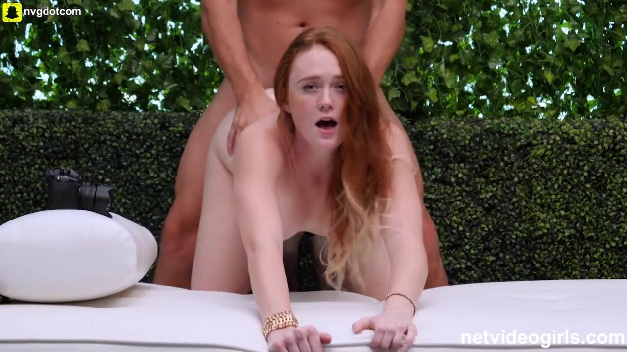 Отличный минет и любительский секс с молодой рыжей соблазнительницей