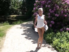 Минет и домашний анал от первого лица с молодой немецкой блондинкой