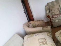 Русская зрелая брюнетка с большими сиськами отдалась молодому хахалю