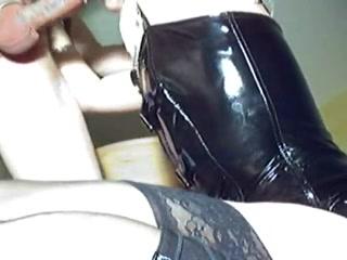 Порно онлайн жена упросила мужа трахнуть ее в попу фото 284-887