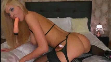 Секс з ссястов блондинкав в чулках