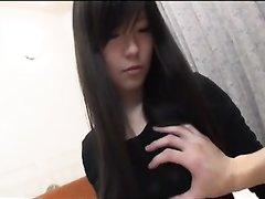 Домашний секс с молодой японкой, она утром зашла к соседу для массажа волосатой киски и за свежей спермой