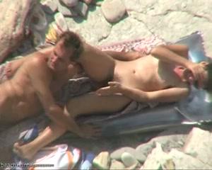 скрытая камера куни на пляже