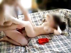 Оральный секс помогает влюблённой паре получать больше удовольствия от интимной близости