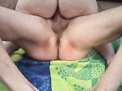 На собеседовании толстая домработница согласилась на любительский секс с хозяином и показала на что способна