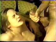 Любительское видео с жёстким минетом, жена балдеет от нахального мужа