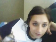 Украинская студентка занимается виртуальным сексом и показывает другу сиськи с попкой и дрочит киску
