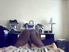 Негру нравится трахать белых толстух, потому что они голодные и раздвигают ноги перед ним всегда бесплатно