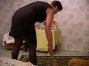 Зрелая домработница была соблазнена для горячего секса с молодым хозяином, как только его жена уехала на неделю