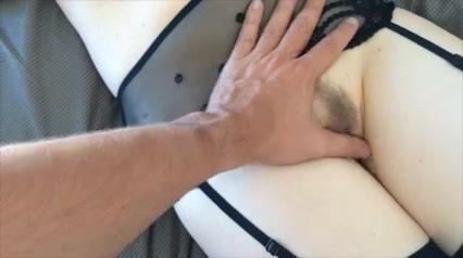 Муж снимает на видео проникновение в киску жены в чулках и эротическом белье, а также окончание на маленькие сиськи