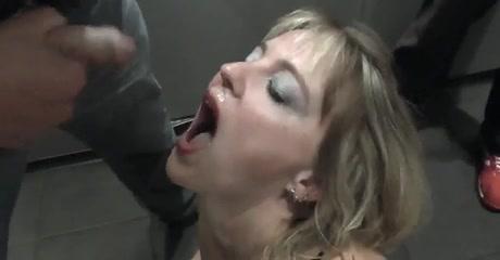 Кончил ей в рот частное видео