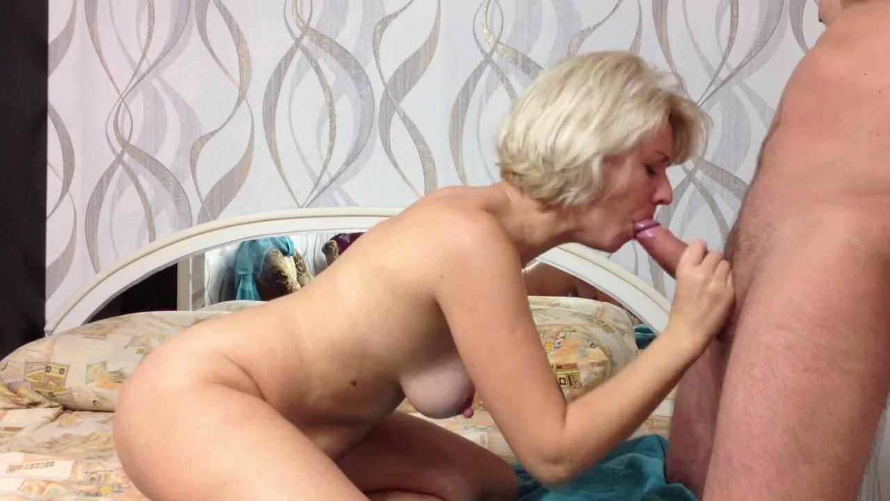 Сматреть видео оральный секс с сексуальной блондой