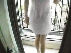 Любительское анальное порно с грудастой блондинкой, в её попку вошёл большой мускулистый член
